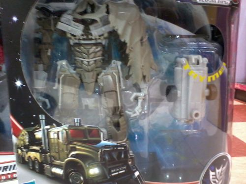 Kiasu robot! Prime transforms into a truck, so he wants to as well...