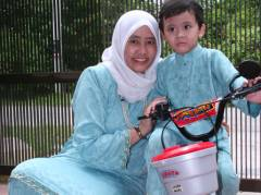Irfan with Ummi